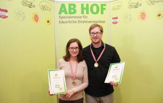 Goldmedaillen für Leindotteröl und Hanfnussöl des Schreierhof