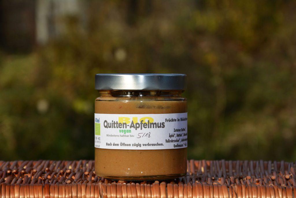 Bio-Quitten-Apfelmus