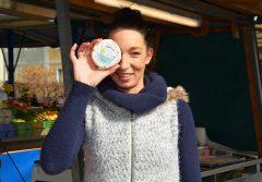 Nina Petzner erzeugt köstliche Bio-Ziegenkäse