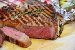 T-Bone-Steak vom Angus Rind
