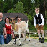 Familie Grabmaier produziert feinsten Bio-Ziegenkäse